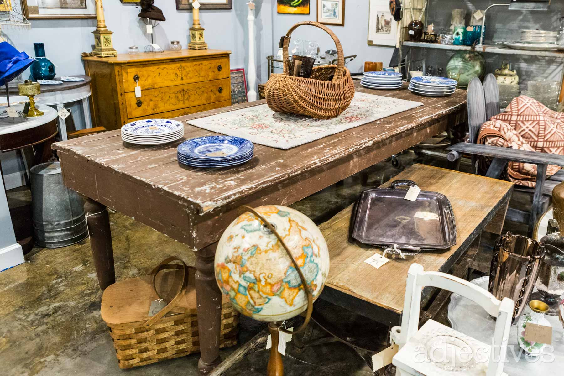 Cottage Antiques at Adjectives Altamonte