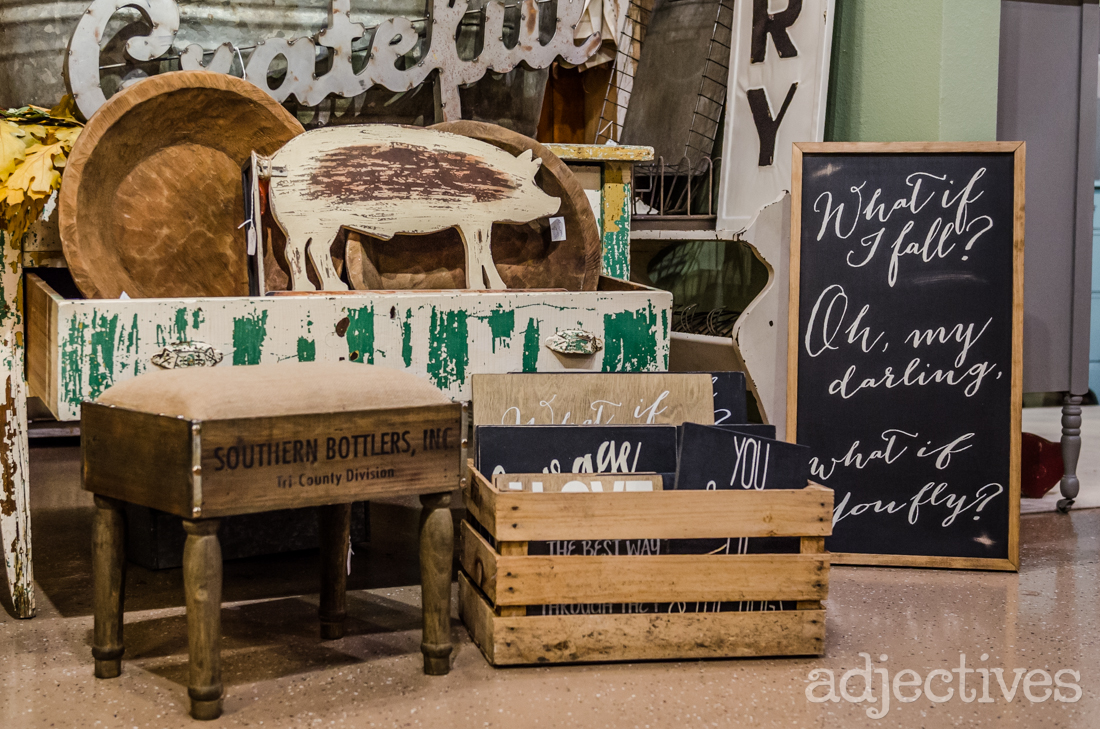 adjectives-market-home-decor-vintage-20